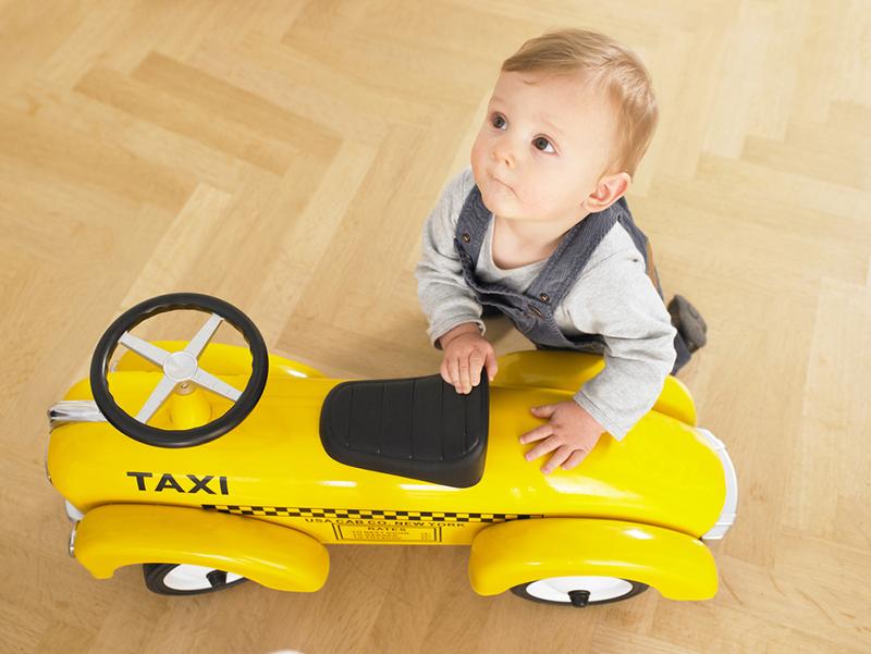 赤ちゃん 抱っこ タクシー